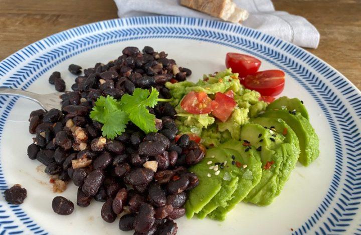 Svarta bönor avocado