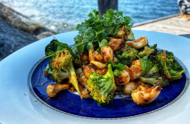 Broccoliwok med såsernas sås