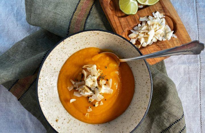 Sötpotatissoppa med röd curry